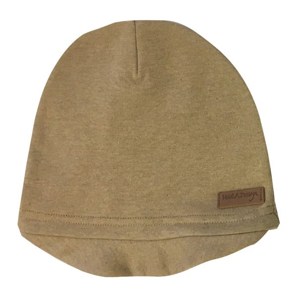 beige beanie with lid