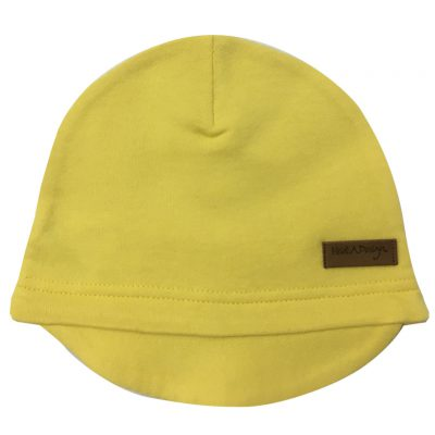 yellow beanie with a lid
