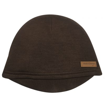 brown beanie with a lid